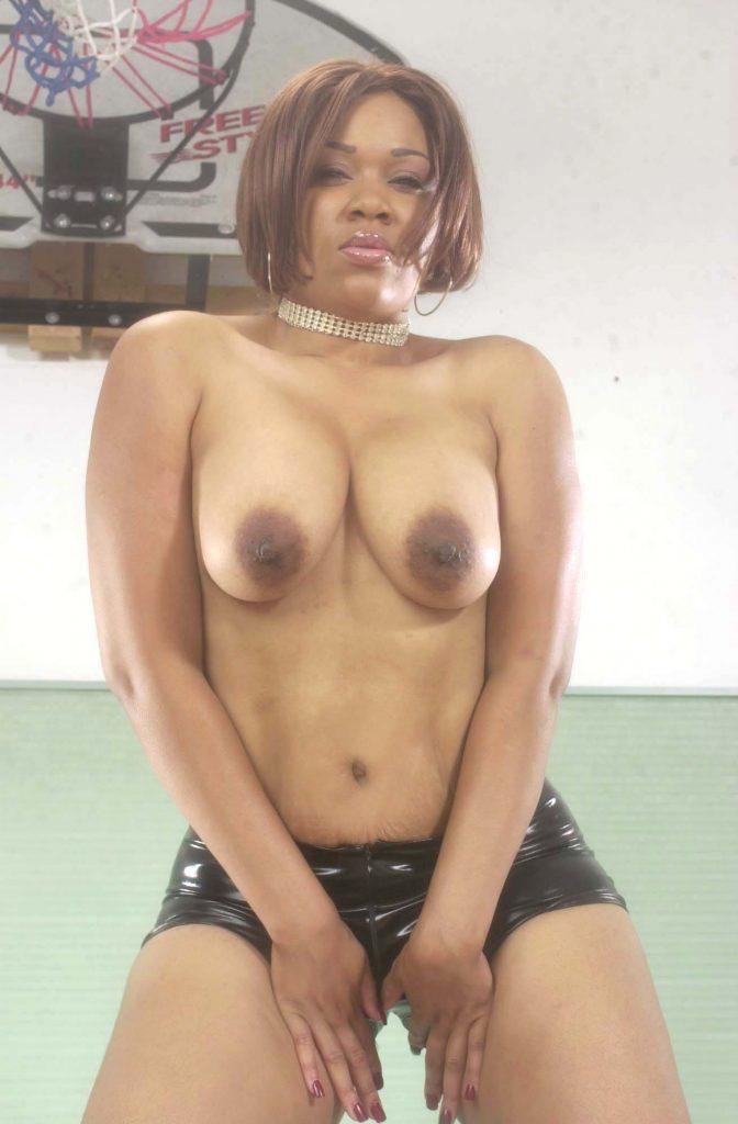 ebony nude tits