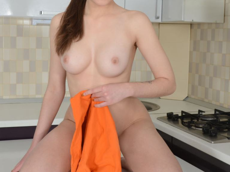 LovelyIsabel naked free video on livejasmin.com