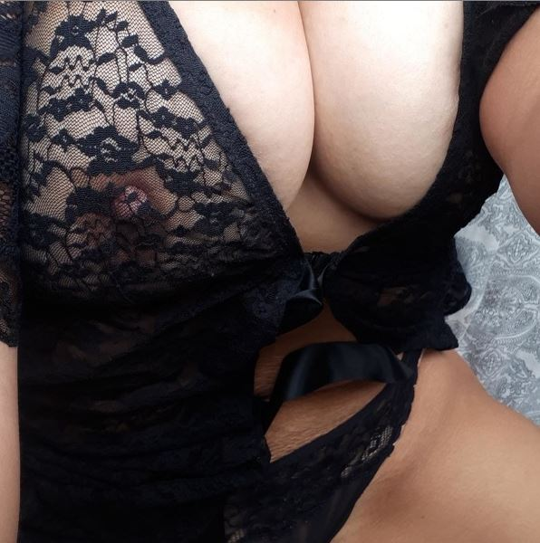 Angelalleanna naked BBW picture and videos only on chaturbate.com